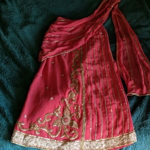Dresses & Skirts - Ornate sari skirt pink n gold embroidered xs